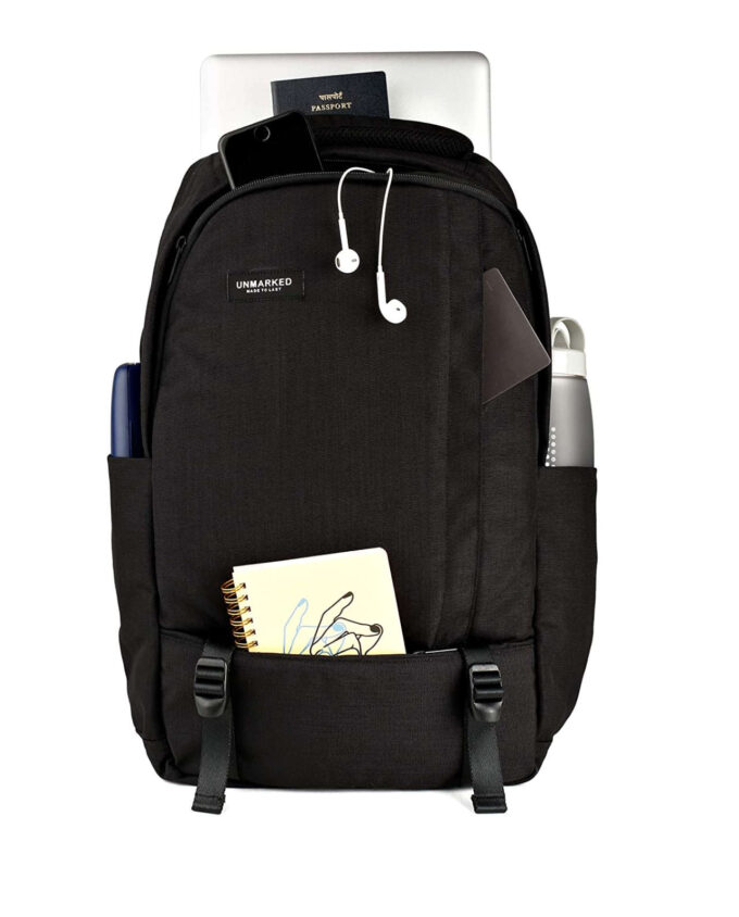 unmarked laptop backpack